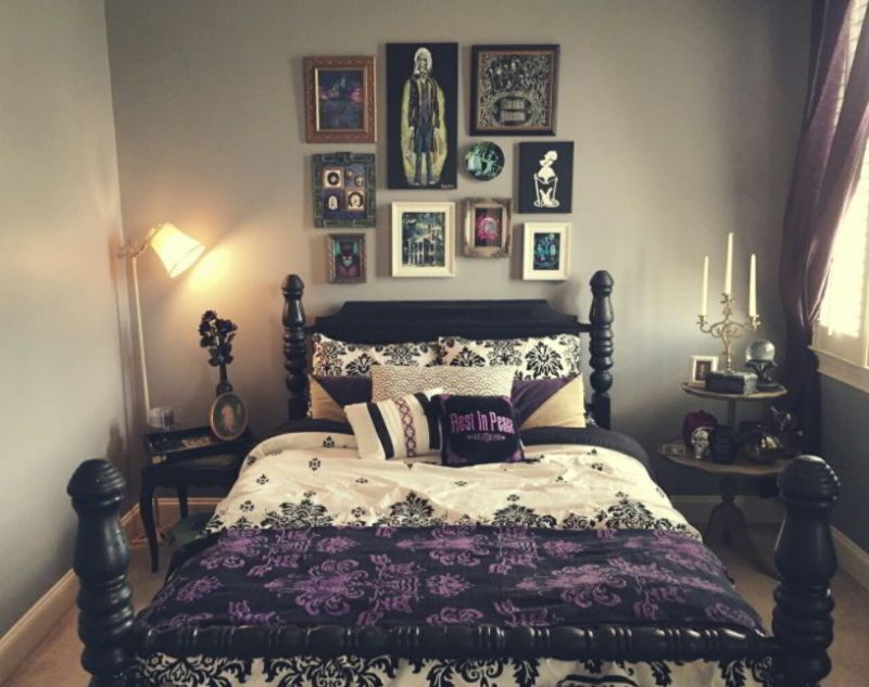 Gothic Bedroom for Teenagers