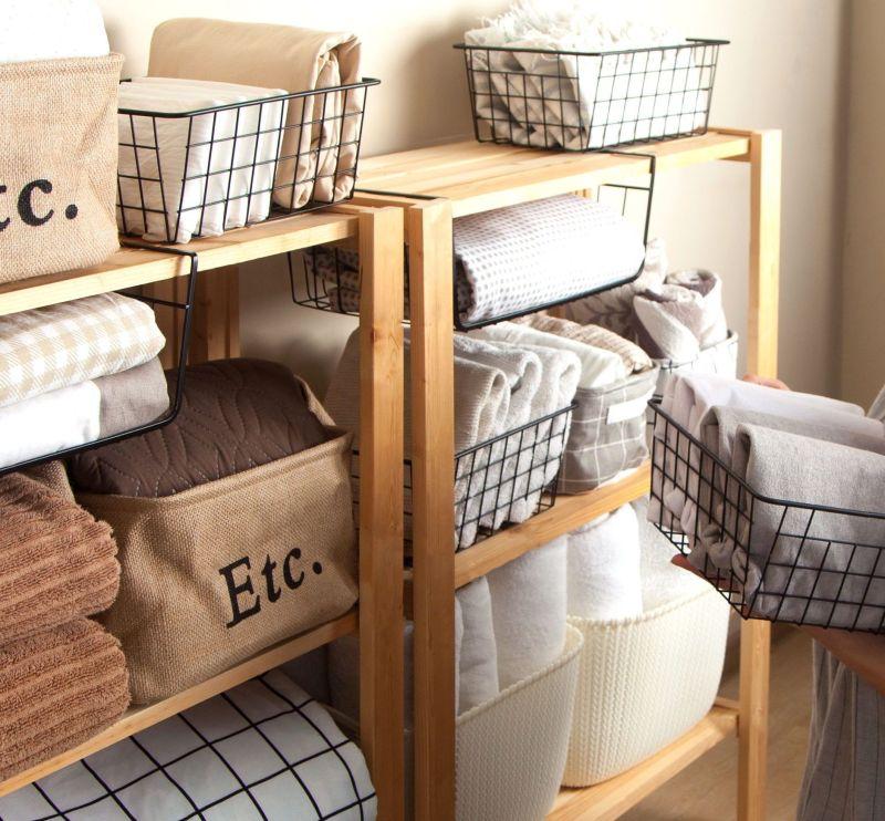 Wire Mesh Storage Basket for Blankets