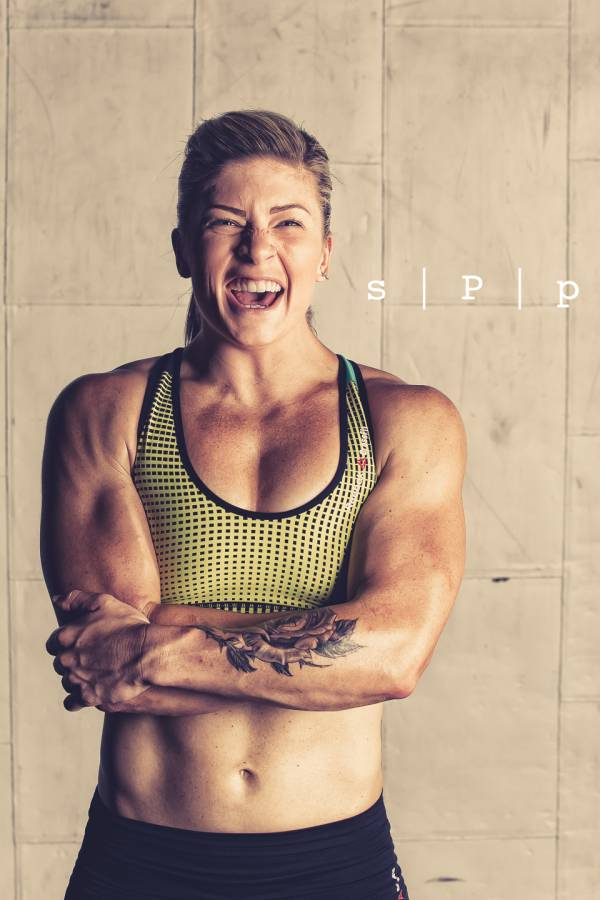 Lindsey Valenzuela - World Renowned elite CrossFit Athlete ...