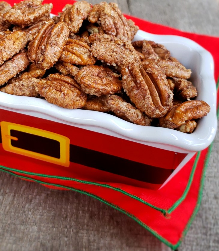 3 Ingredient Cinnamon Sugar Pecans are sweet and nutty with a crunchy coating of cinnamon sugar. Give them as gifts in ceramic dishes or in gift bags.