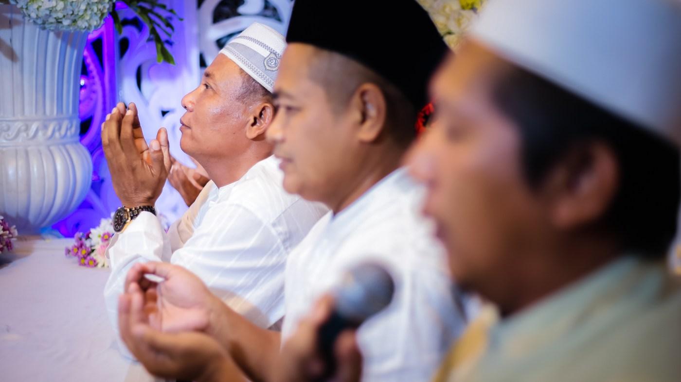 candid akad nikah fotografer surabaya
