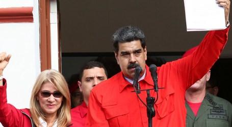 Nicolás Maduro se diz disposto a negociar com oposição