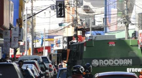 Vereador critica demora no conserto de semáforos na região central; prefeitura não se manifesta