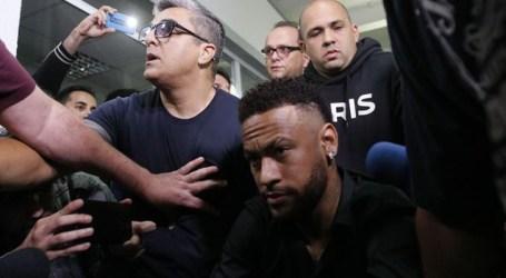 Polícia indicia Najila por extorsão e fraude processual no caso Neymar