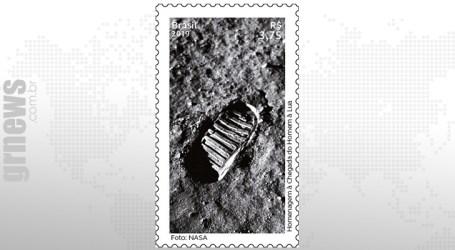Selo homenageia chegada do homem à lua