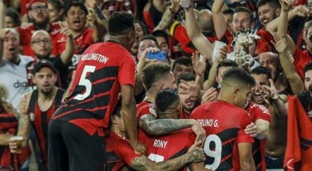 Athletico vence Inter e sai em vantagem na final da Copa do Brasil