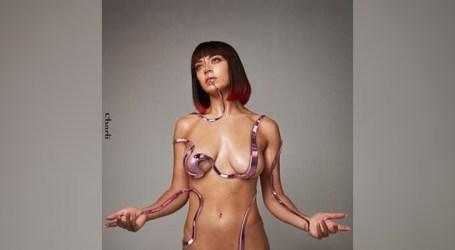Charli XCX lança novo álbum