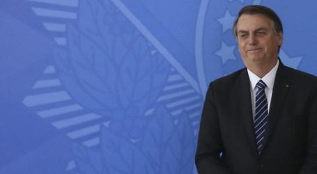 Jair Bolsonaro deixa hospital em São Paulo e volta para Brasília