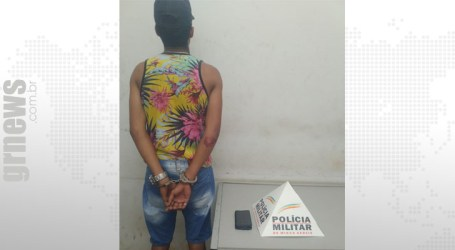 Jovem é preso com celular roubado e sem habilitação no Santos Dumont