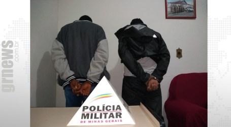 Dupla presa em Igaratinga com tablete de maconha e dinheiro