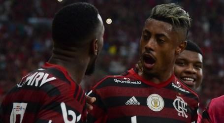 Flamengo vira sobre o Bahia e aumenta vantagem na liderança