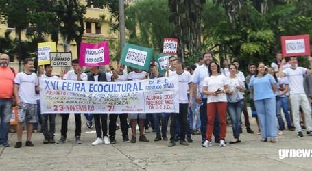 Estudantes da Escola Fernando Otávio promovem ato de conscientização para divulgar projeto ambiental