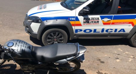 Adolescente motociclista tenta fugir da PM mas é apreendido com drogas em Papagaios