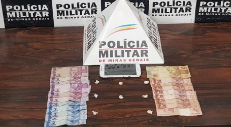 Jovem suspeito de tráfico de drogas é flagrado com crack, celular e dinheiro em Divinópolis