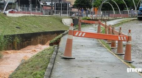 Chuva causa deslizamentos, queda de árvores e Defesa Civil interdita áreas; Engesp faz pedido aos paraminenses