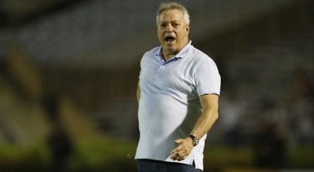 Abel Braga constata evolução no Vasco após empate com Altos