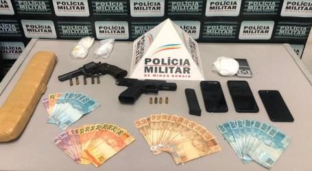 PM apreende barras de maconha e cocaína e armas de fogo com trio denunciado por tráfico no João Paulo II