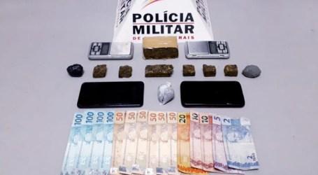 Dupla presa com drogas, balança e dinheiro no Centro