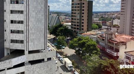 Águas de Pará de Minas e prefeitura instalam ponto de higienização no Centro para prevenir COVID-19