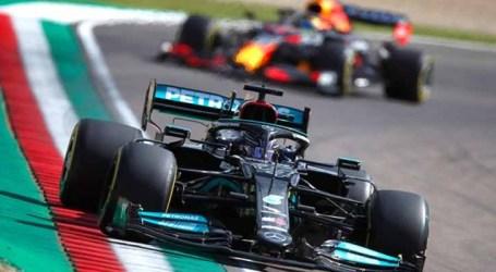 Mercedes lidera treinos livres e Red Bull tem dia difícil em Ímola