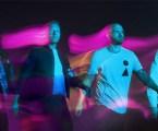 """Coldplay faz premiere de """"Higher Power"""" no espaço"""