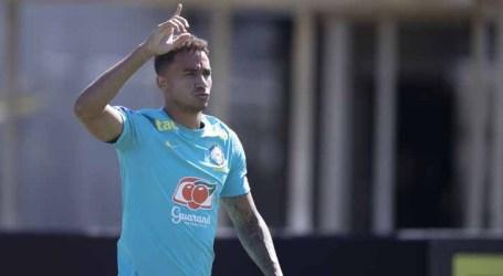 Danilo elogia campanha da seleção brasileira nas Eliminatórias