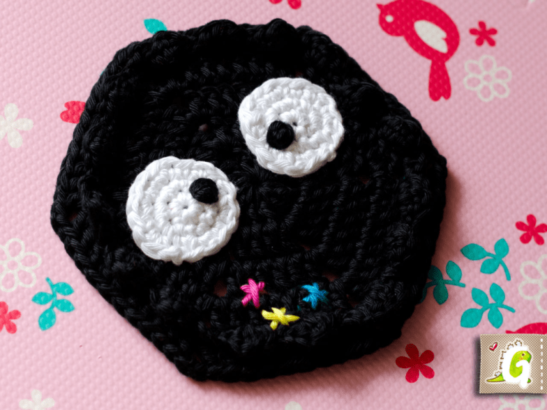 Crochet Susuwatari hexagon