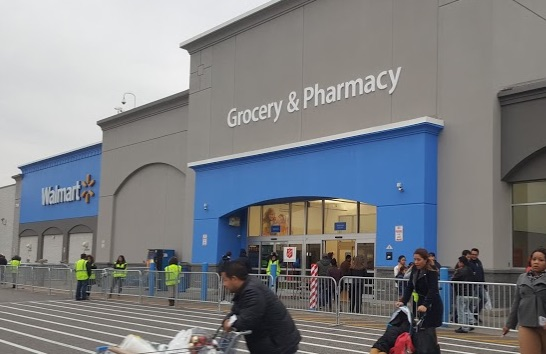 Walmart Supercenter at 2100 88th St North Bergen NJ