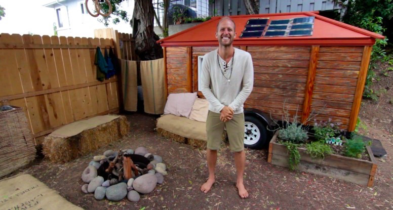 Rob-Greenfield-Off-the-Grid-776x415