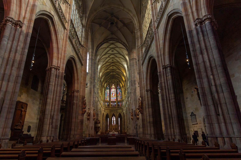 Het interieur van de Sint Vituskathedraal in Praag