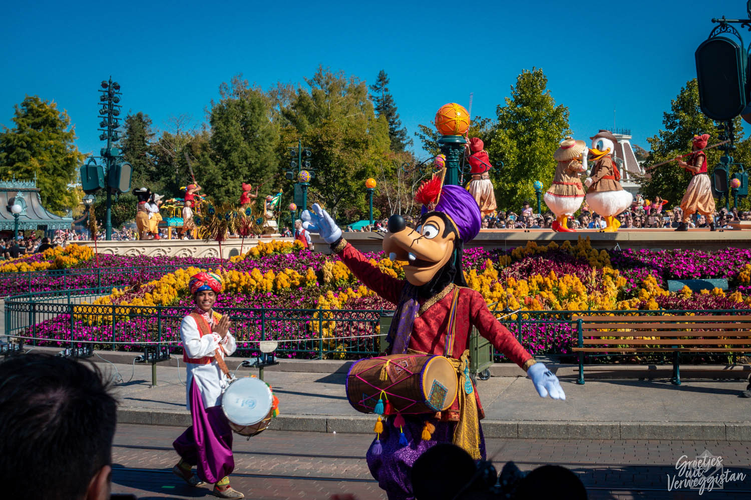 Goofy tijdens The Jungle Book Jive in Disneyland Parijs