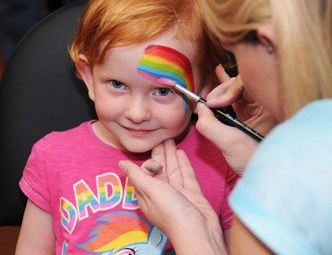 rainbow facepainting