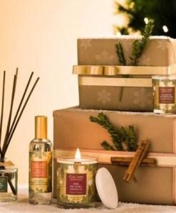 Collnes de provence kerst, kaars, dennen