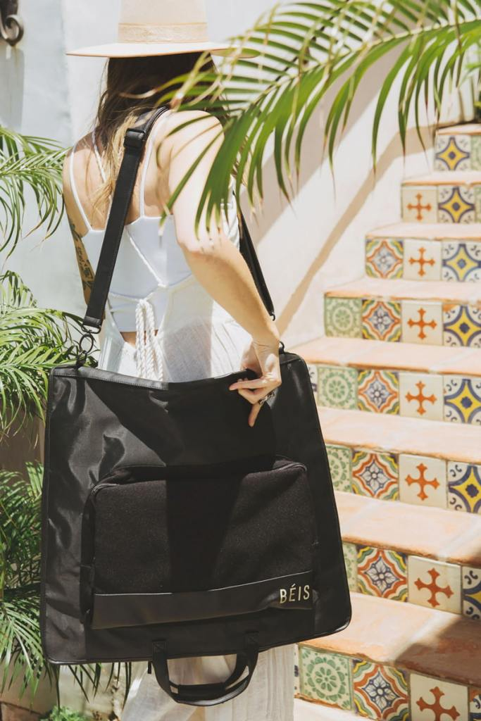 14 Best Clothing Bags For Travel 2