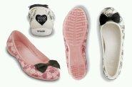 jual sepatu crocs lily hello kitty 085888666607