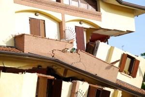 earthquake, beliefs