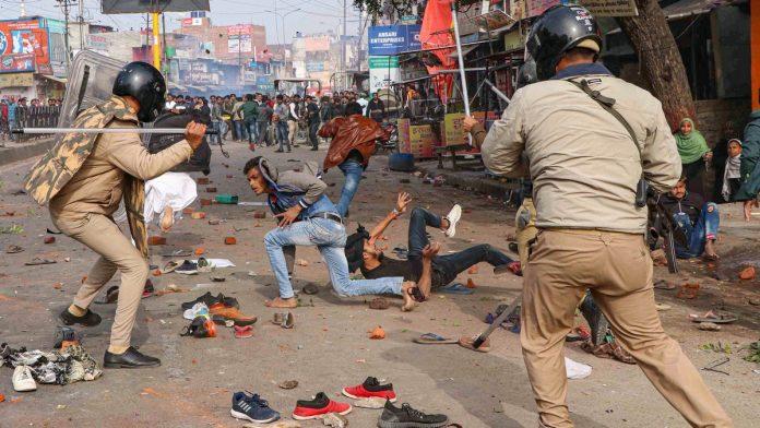 CAA-NRC Protest, Citizenship Amendment Act, uttar pradesh, internet services, up police, delhi police, delhi protest,