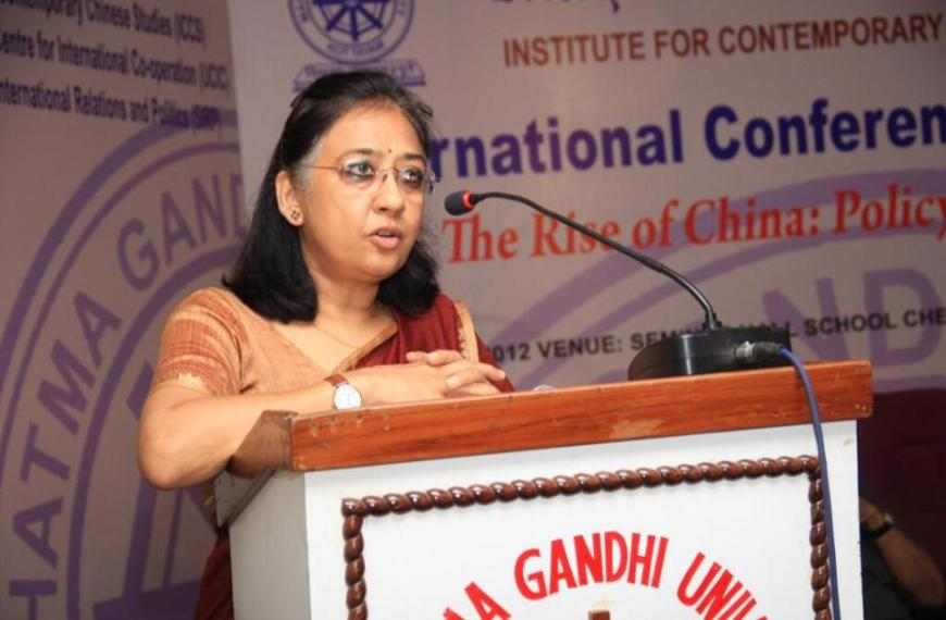 "India-China: ""India must think to improvise ties with China"""