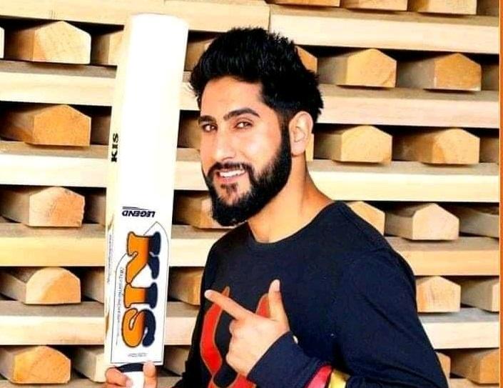 firdous ahmed khan Kashmiri Bats