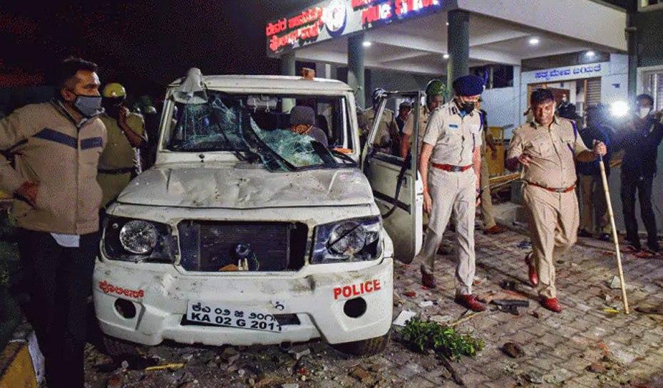 Bangalore Riots: NIA raids more than 30 places, riots key link sadik ali arrested