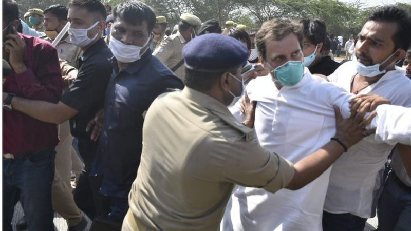 Hathras gang rape case : Rahul-Priyanka taken into custody