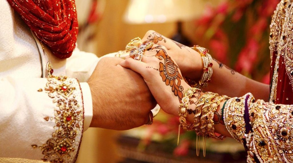 actress sana khan married maulana anas sayed changes her name after marriage