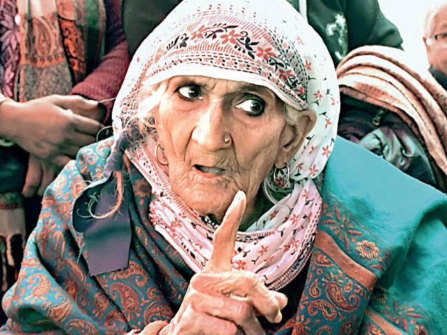 Farmers Protest: Bilkis Bano Shaheen Bagh's Dadi arrested by Delhi Police Farmers Protest: Delhi Police arrested Shaheen Bagh's grandmother Bilkis Bano BBC 100 Women 2020: Bilkis Bano 'Dadi of Shaheen Bagh' world's most influential woman, check BBC released list