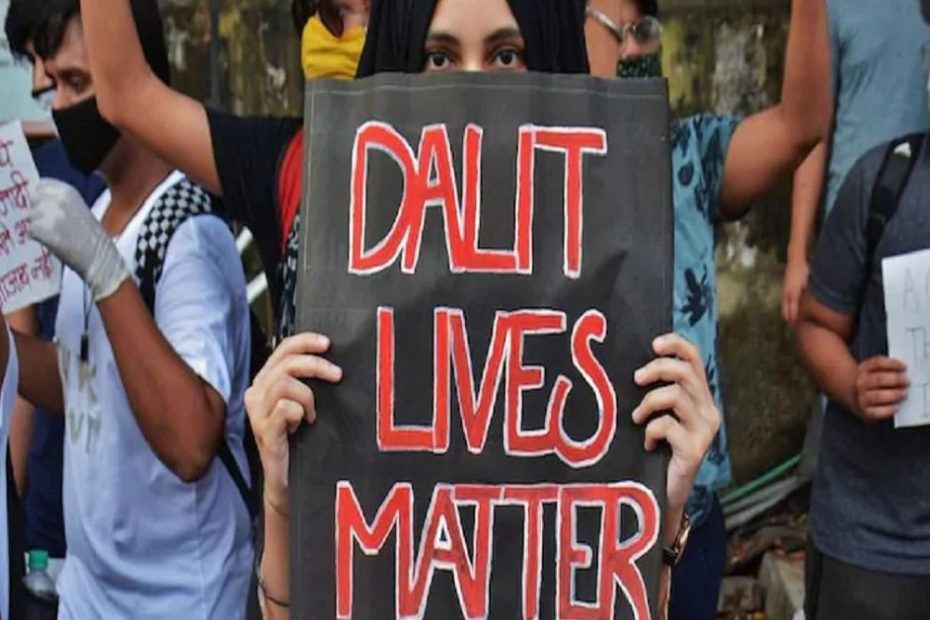 karnataka: The overbearing orders on the cutting of Dalit hair prompted the saloon owner to be removed from the village