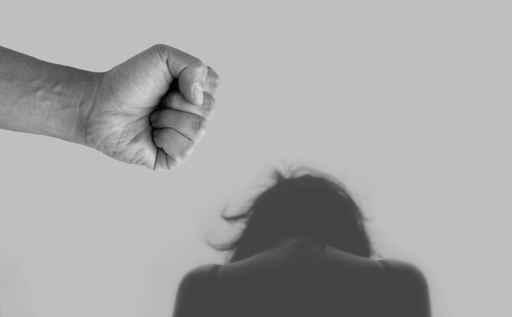 घरेलू हिंसा का शिकार महिलाएं भारत में