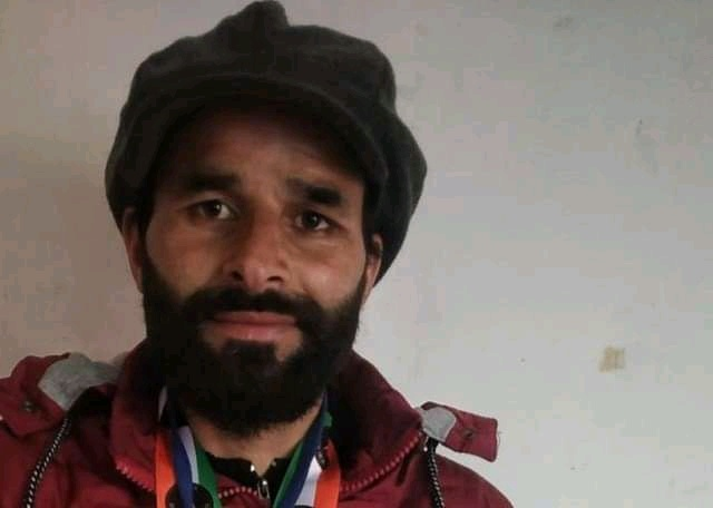 Meet Mudasir Rehman: First artist from Kashmir to feature in Asia book of records