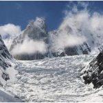 उत्तराखंड: ग्लेशियर टूटने से 2 लोगों की मौत, रेस्क्यू ऑपरेशन जारी
