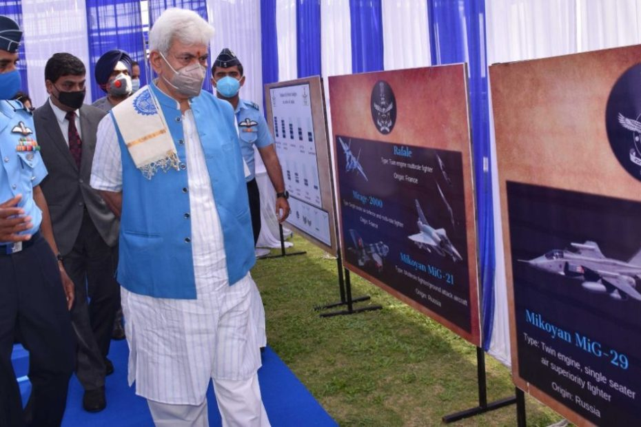 Youth of J&K must take inspiration from our brave army LG Manoj Sinha