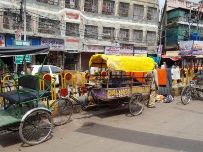 Rickshaw puller gets tax notice of over Rs. 3 Crore in Uttar Pradesh