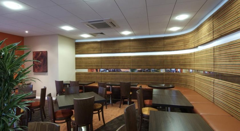 Group Booking Holiday Inn Express Slough Mill Street